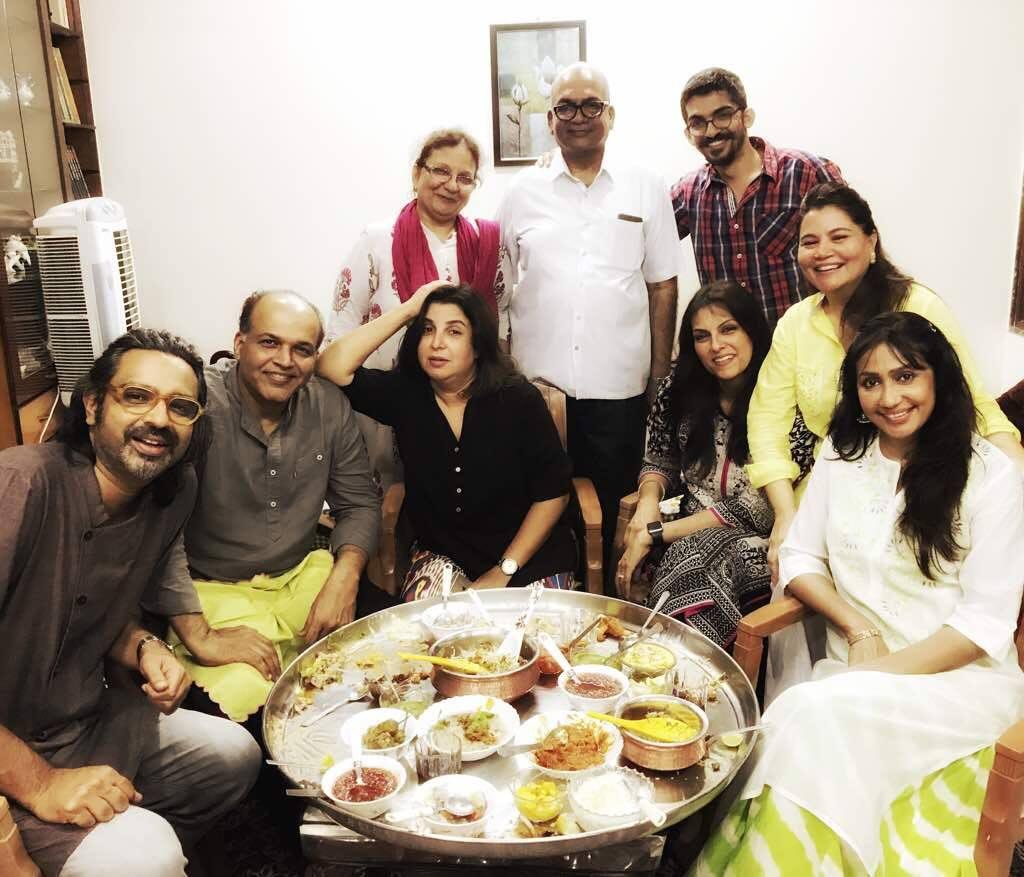 Farah Khan & Ashutosh Gowarikar come home